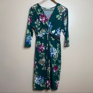 Reborn J Floral Knot Front V-Neck Midi Dress